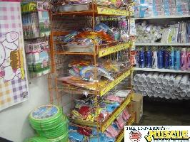 Uniao Festas Shelf